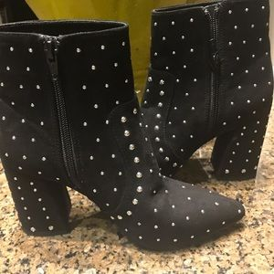 GIANNI BINI STUDDED SUEDE BOOTIES NWT